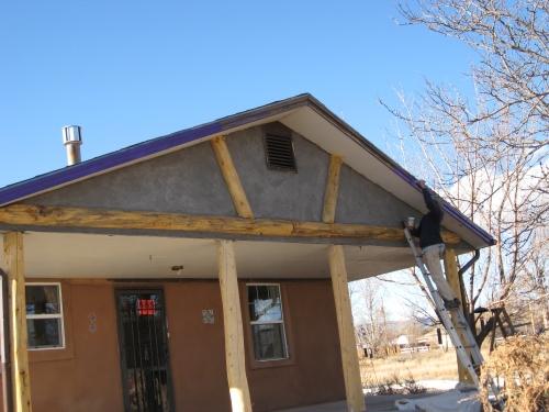 purple trim adobe stucco 010